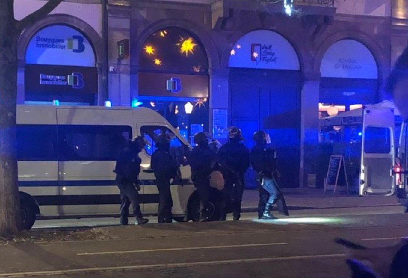 Les Gilets jaunes appelés à ne pas manifester samedi — Attentat de Strasbourg